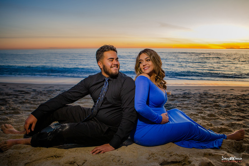 Elsa & Abraham Maternity Shoot