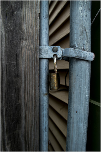 Ithaca NY Downtown Detail Gate Lock October 2016