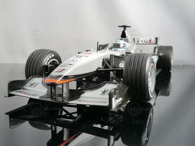 Modelcar McLaren Mercedes MP4-16 Mika Hakkinen (1:18, Minichamps)