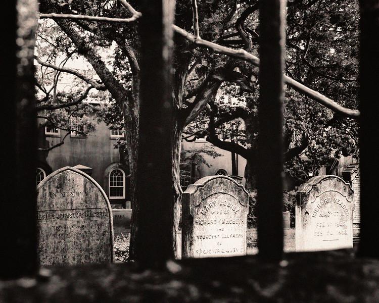 20130503KW_FL_CharlestonSC_Home_Graveyard