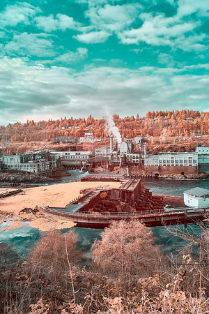 Hydroelectric Power Plant at Willamette Falls - Oregon City, Oregon