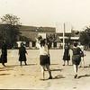 Заліщики. 1935. Гімназія сестер Василіянок (?), урок фізкультури.  Ірена КОВАЛЬЧУК (друга зліва)