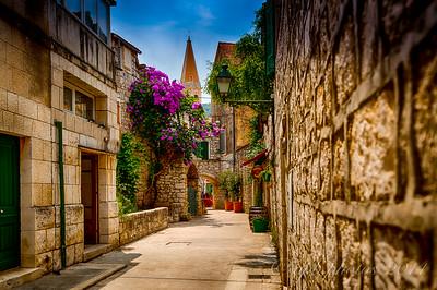 Stari-Grad Steet