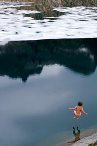 Icy plunge in Glacier Peak Wilderness on Pacific Crest Trail