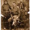 Калина Романко (дружина Миколи), Микола Романко, Анастасія Романко (сестра Миколи). Заліщики, приблизно 1917