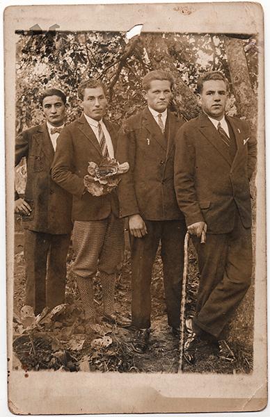 Кавалєрка зі Старих Заліщик. 1934