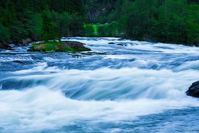 Gaula flowing