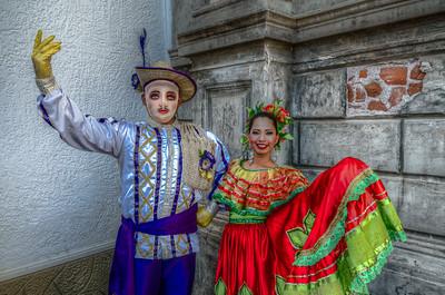 El Gueguense & a Local Dancer