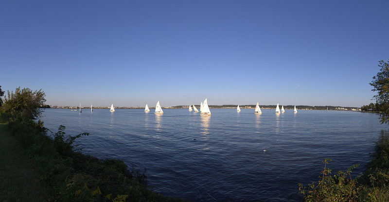 """Panorama of some boats on the Potomac.<br /> View it in full resolution: <a href=""""http://photos.kevinworkman.com/Pictures/2011/i-jf9ksfD/0/O/BoatPanorama.jpg"""">http://photos.kevinworkman.com/Pictures/2011/i-jf9ksfD/0/O/BoatPanorama.jpg</a>"""