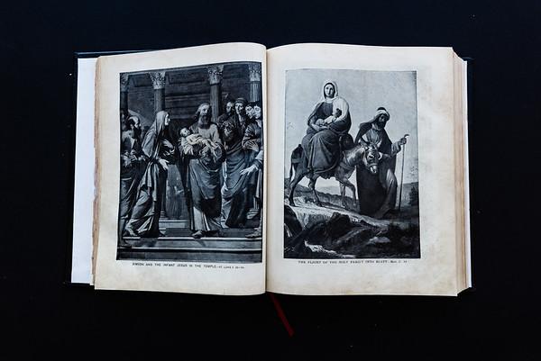 151018Linda's_Bible113