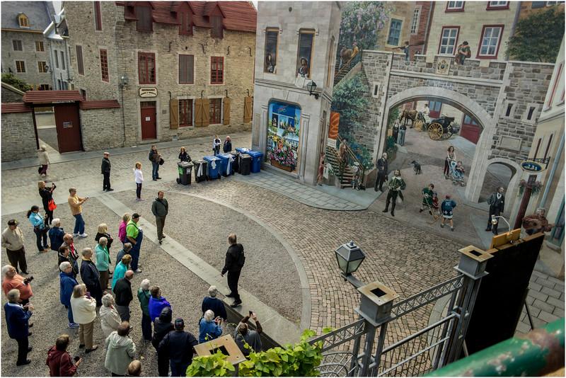 Canada Quebec City Old Town September 2015 Rue De Notre Dame Quebec History Mural Group Tour