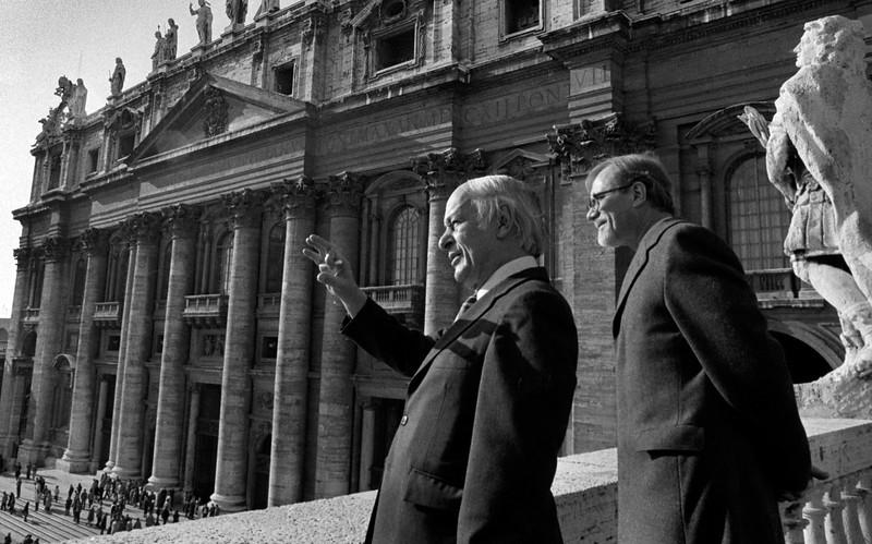 Visite a Rome de René Lévesque et J.Y.Morin, v.p.ministre .Les quebecois rencontraient le Pape, 1984