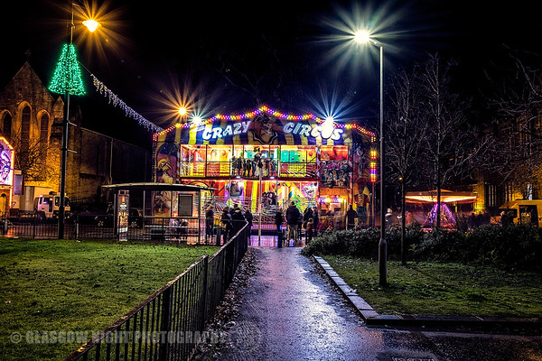 Rutherglen Christmas Lights switch on