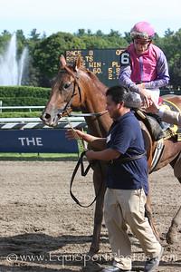 Porte Bonheur (Hennessy), Ramon Dominguez up, wins the Victory Ride at Saratoga 8.23.2008sk