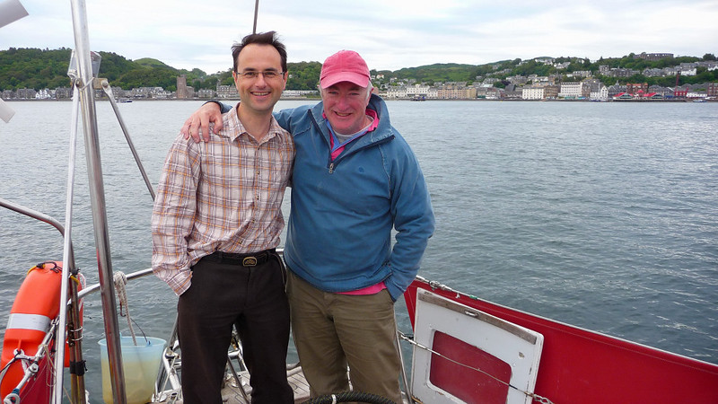 """Catching up with <a href=""""http://www.iwdg.ie/mucmhara2008/speakers/wilson/"""">Ben</a>  in Oban after too long."""