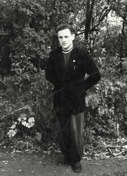 426. Тренер Я. Маринович