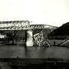 594. Руїни моста через Дністер.