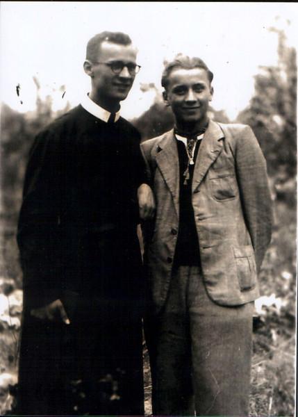469. Отець Яків із братом Нестором