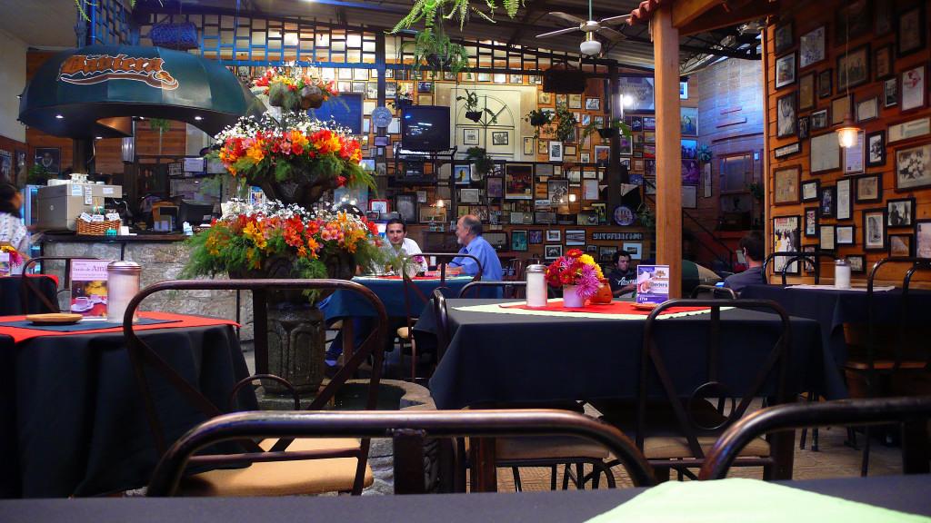 Cafe Baviera, Xela