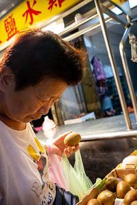 Street market customer, Taipei 2019.