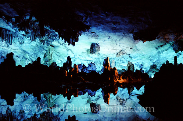 Guilin - Cavern of the flute - Crystal Palace - Reflecting in Pool