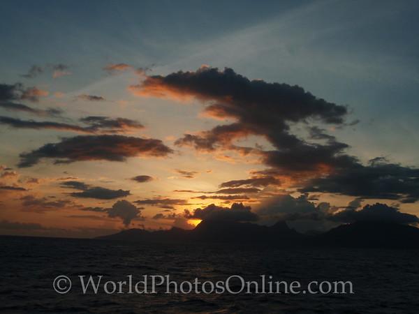 Moorea - Sunset from Sea 2
