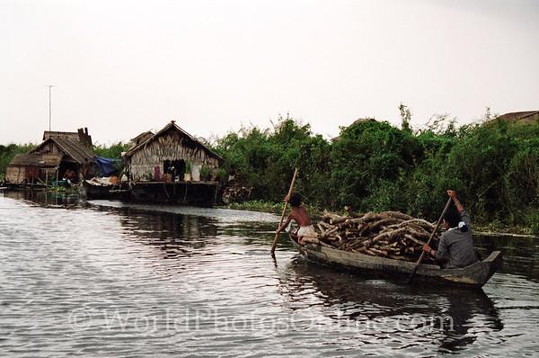 Tonle Sap Lake - Vietnamese Floating Village - House Boat 6