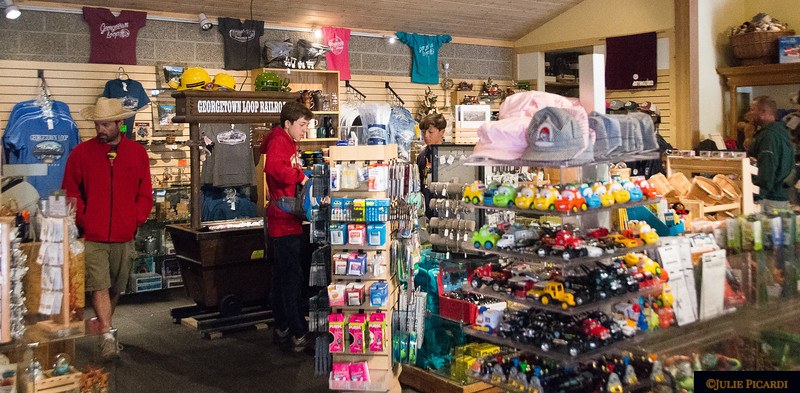 The gift shop at Devil's Gate