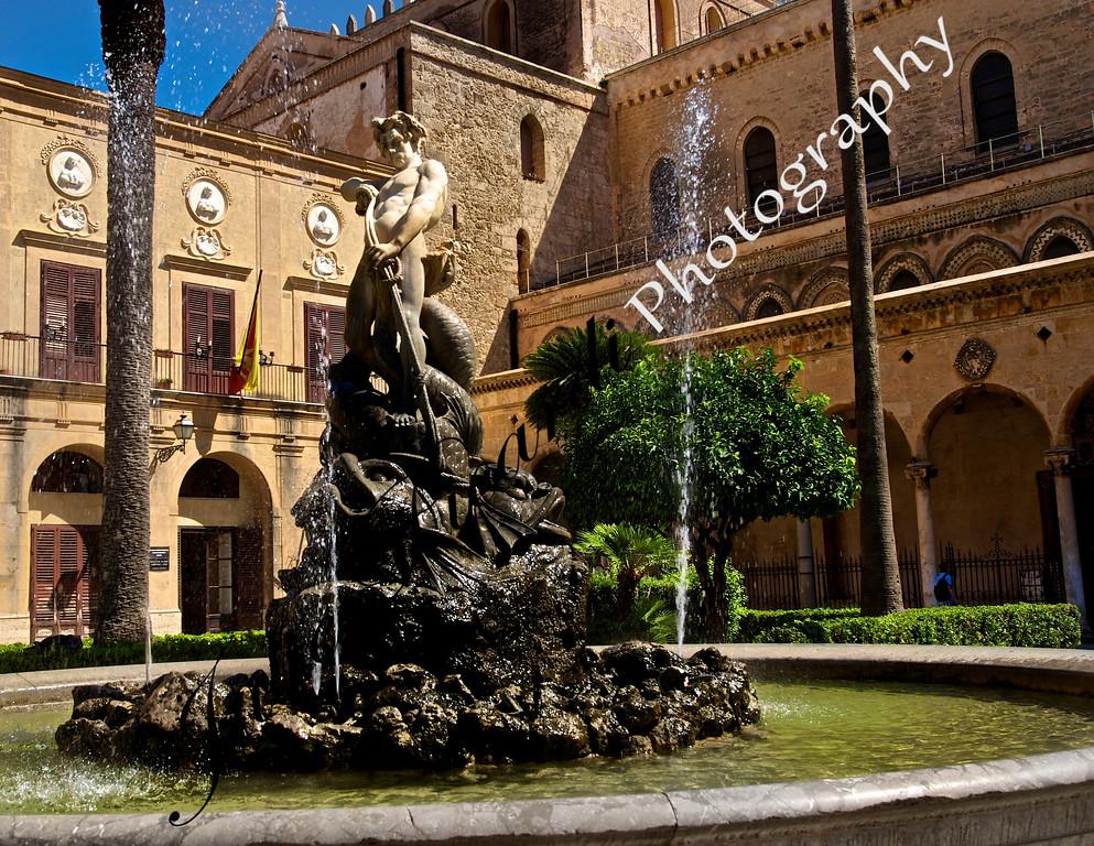 Fountain La Chiesa di Monreale