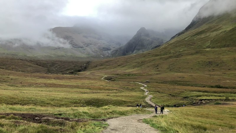iPhone: Hiking to the fairy pools