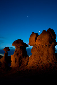 Moonrise over the hoodoos.