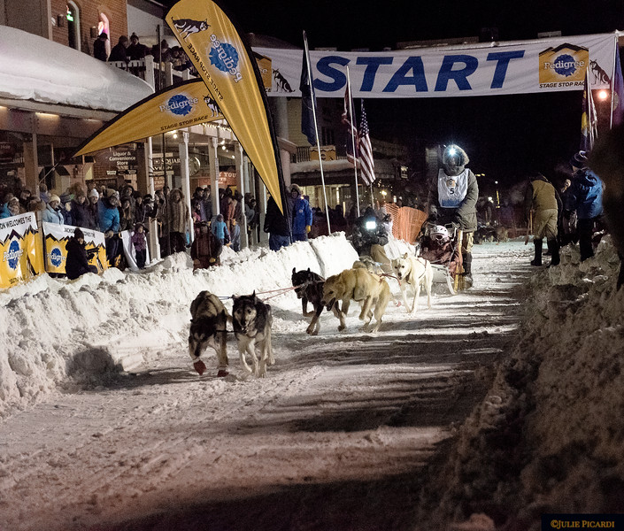 It was -2 degrees when I photographed the teams.
