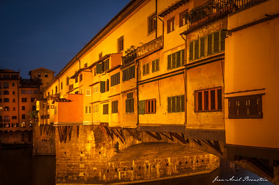 Ponte Vecchio bridge at night, Florence, Italy