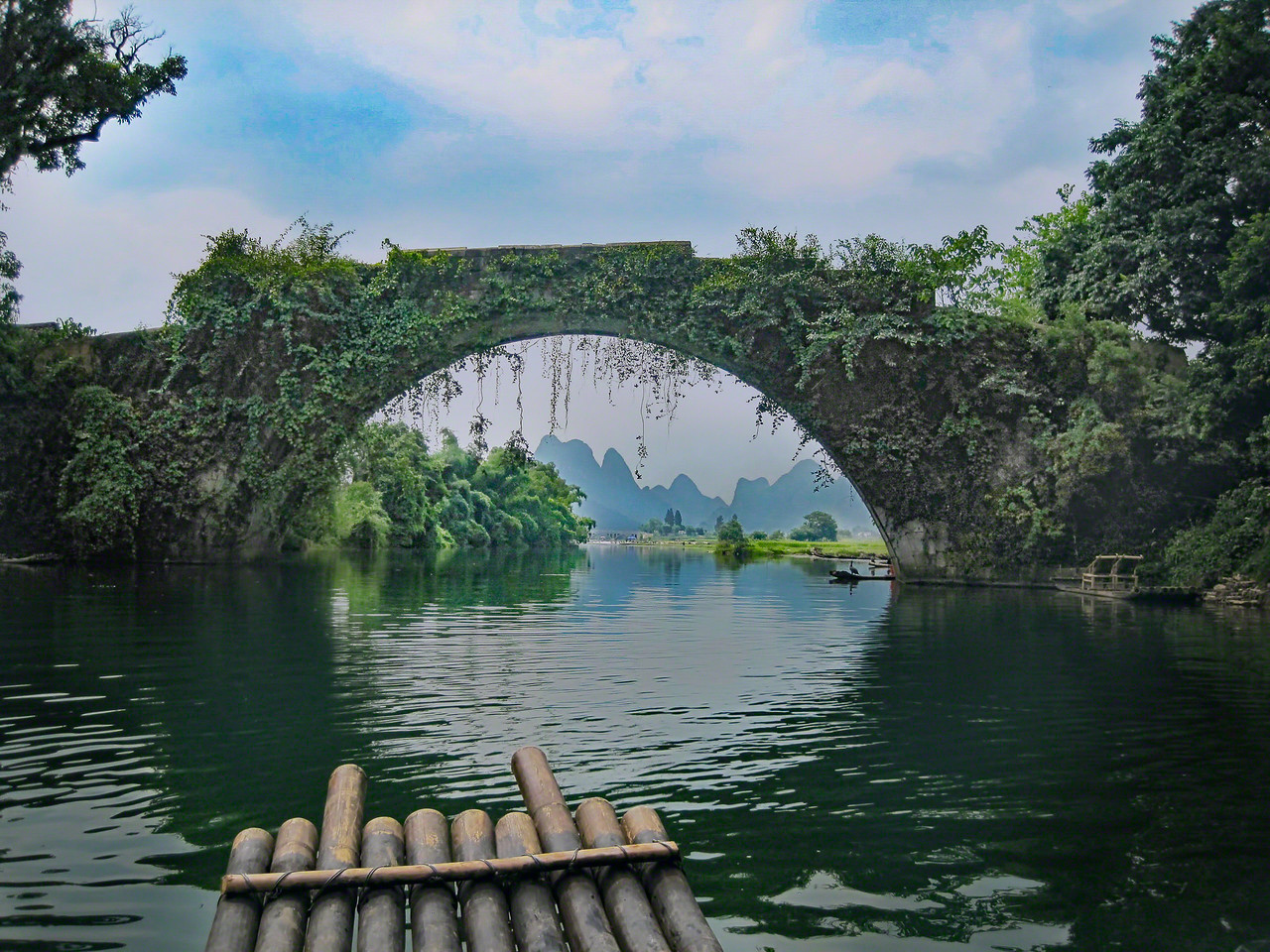Yulong Bridge on the Li River in Yangshuo China with Intentionally Lost and Kevin Wenning #intentionallylost