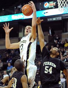 Carson Desrosiers rebound