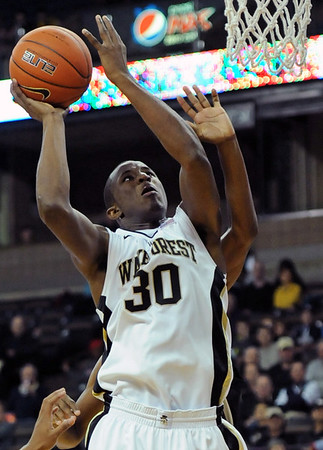 Travis McKie shot 02