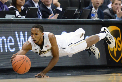 Madison Jones dives for loose ball