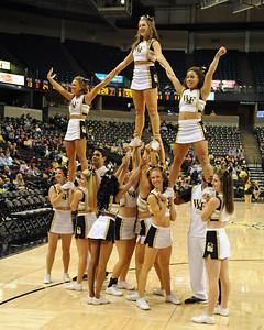 Deacon cheerleader pyramid