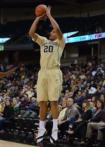 Miles Overton 3-point shot