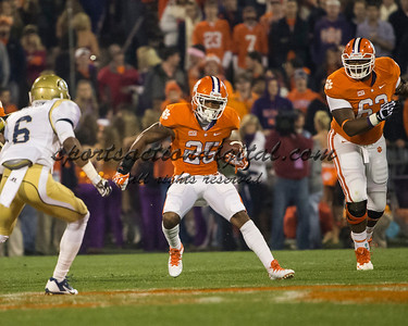 Clemson Tigers running back Roderick McDowell (25), Georgia Tech Yellow Jackets defensive back Chris Milton (6)