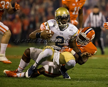 Georgia Tech Yellow Jackets quarterback Vad Lee (2), Clemson Tigers linebacker Stephone Anthony (42)