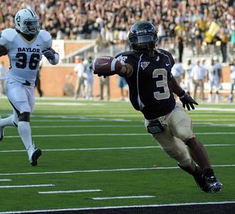 D Brown TD catch 03