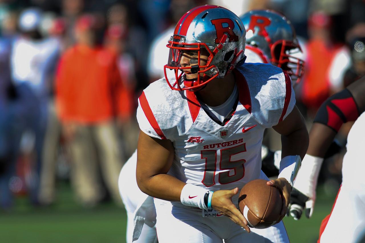 Rutgers Scarlet Knights quarterback Gary Nova (15) during the game.  Rutgers Scarlet Knights lead Cincinnati Bearcats (7-0) at the half at Nippert Stadium in Cincinnati, Ohio.