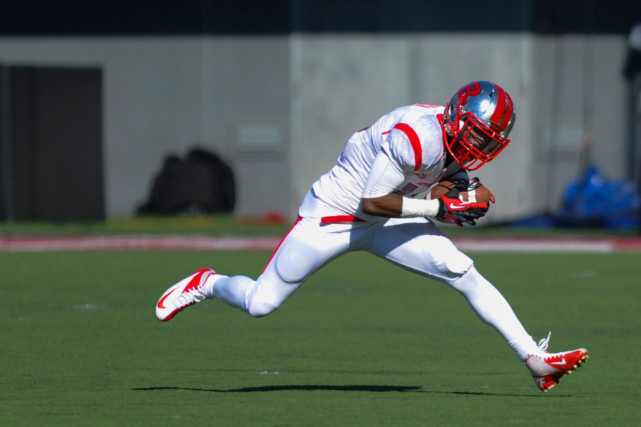 Rutgers Scarlet Knights wide receiver Miles Shuler (14) during the game.  Rutgers Scarlet Knights lead Cincinnati Bearcats (7-0) at the half at Nippert Stadium in Cincinnati, Ohio.
