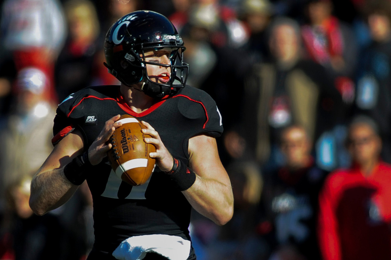Cincinnati Bearcats quarterback Brendon Kay (11) during the game.  Rutgers Scarlet Knights defeated Cincinnati Bearcats (10-3) at the half at Nippert Stadium in Cincinnati, Ohio.