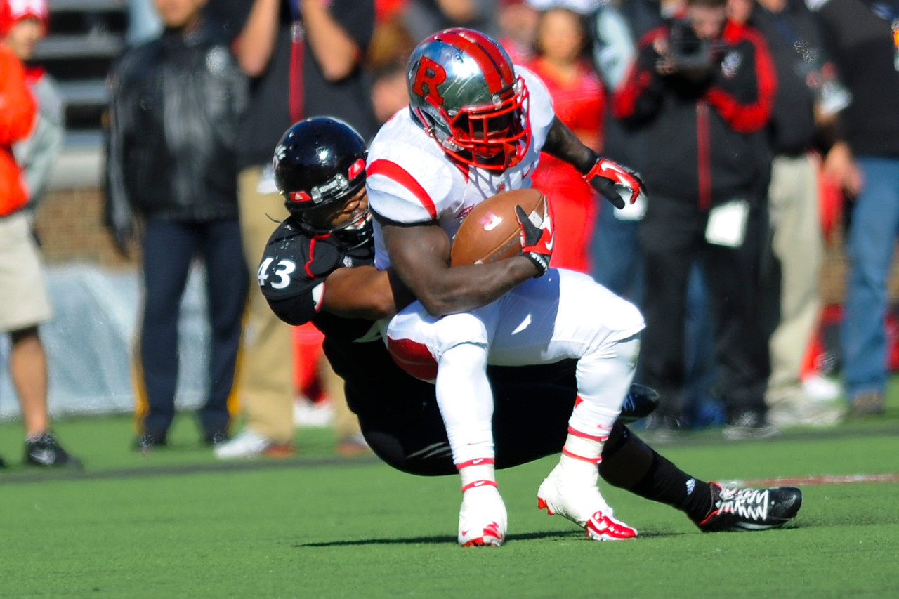 Rutgers Scarlet Knights lead Cincinnati Bearcats (7-0) at the half at Nippert Stadium in Cincinnati, Ohio.