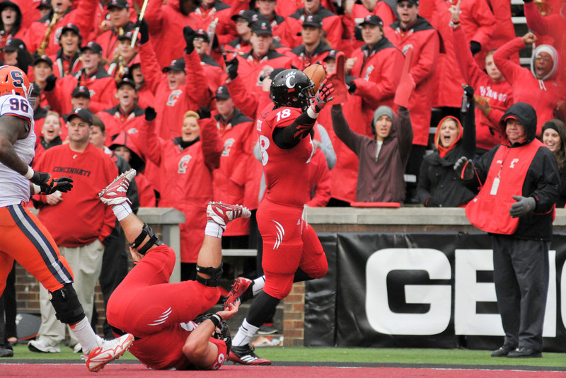 Cincinnati Bearcats tight end Travis Kelce (18) celebrates after scoring a touchdown.  Cincinnati Bearcats defeated Syracuse Orange (35-24) at Nippert Stadium in Cincinnati, Ohio.