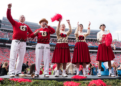 Georgia alumni cheerleaders