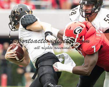 Lorenzo Carter sacks Vanderbilt quarterback Kyle Shurmur