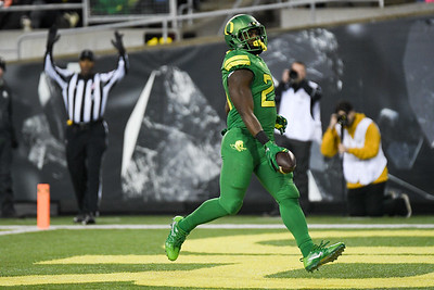 Oregon running back Royce Freeman scores a first half touchdown Saturday in the Ducks' victory over Oregon State in the Civil War rivalry game.